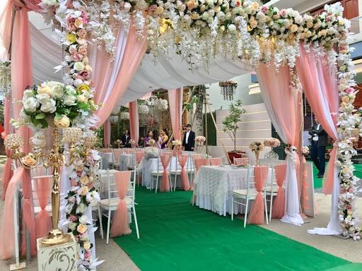 Dịch vụ tiệc cưới trọn gói
