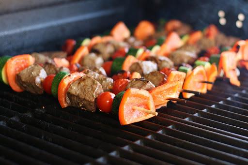 Kinh nghiệm tổ chức tiệc BBQ tại nhà