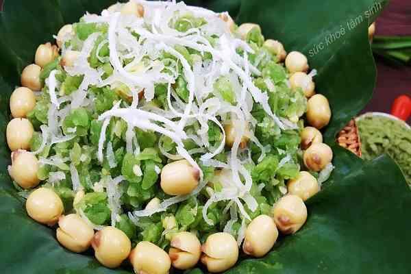 Nấu món xôi cốm hạt sen dừa nạo