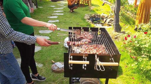 Tổ chức tiệc BBQ ngoài trời