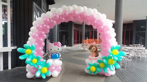 Cổng chào sinh nhật cho bé gái