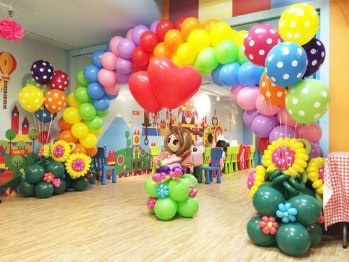 Cổng sinh nhật đa sắc màu