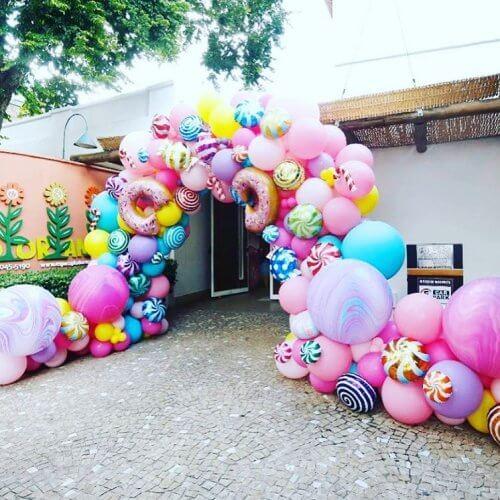 Mẫu cổng chào sinh nhật bong bóng kẹo ngọt