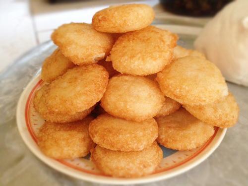 Bánh chuối chiên bột nếp giòn rụm