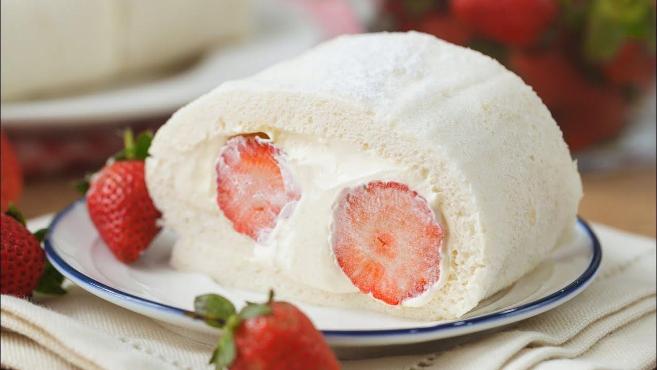Bánh cuộn kem dâu