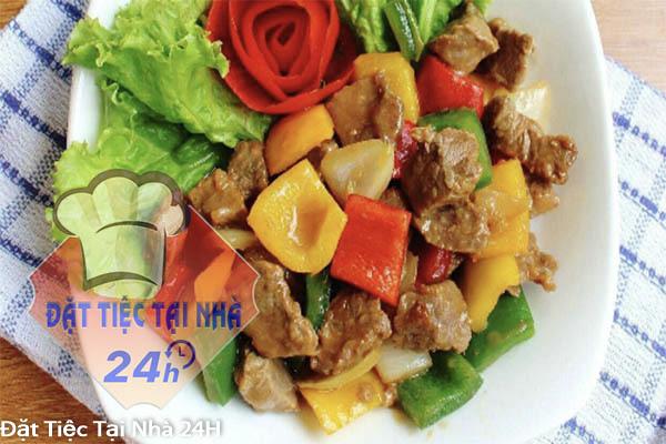 thịt bò xào rau củ thập cẩm