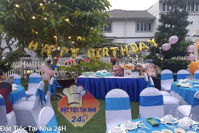 không gian trang trí tiệc sinh nhật rộng rãi, thoáng mát